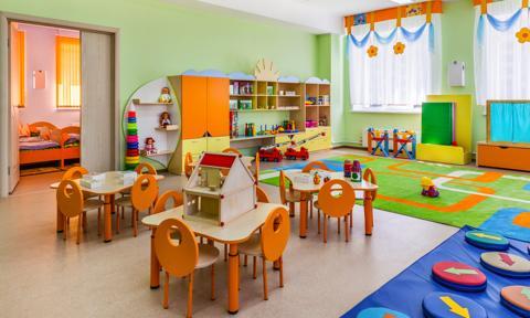 Przedszkole w mieszkaniu na parterze. Co na to przepisy?