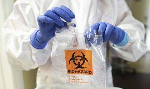 """Ekspert: Ochrona zdrowia w Polsce nie może """"jechać na koniku powołania do zawodu"""""""