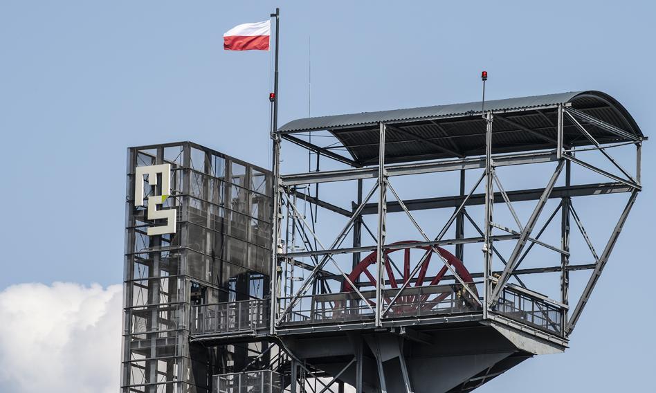 Polska ma odejść od węgla. Czy warto jeszcze iść do pracy w górnictwie? Sprawdzamy
