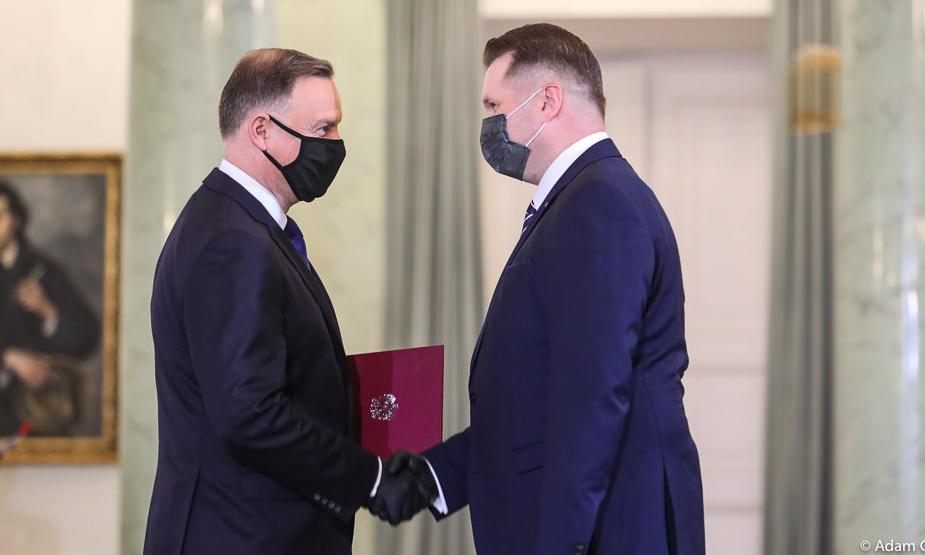 Prezydent Andrzej Duda powołał Przemysława Czarnka na ...