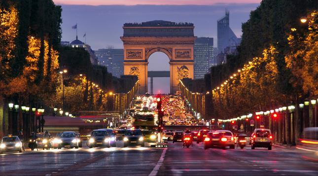Zakaz wjazdu do Paryża dla samochodów sprzed 1997 roku