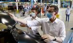 Morawiecki: Zakłady pracy i fabryki budzą się do życia