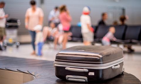 """Koniec podróży """"na dowód"""" do Wielkiej Brytanii. Zmiany dla turystów i konsumentów"""