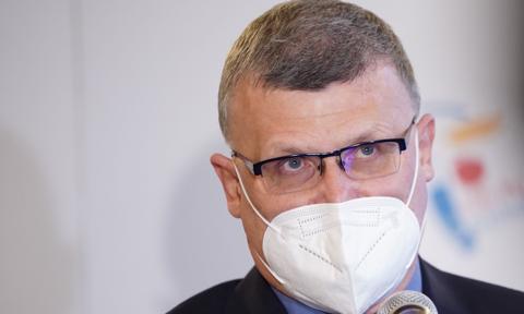 Grzesiowski: Osoby zaszczepione nie powinny podlegać lockdownowi