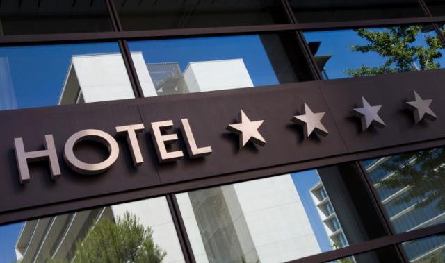 Czytanie z hotelowych gwiazd(ek)