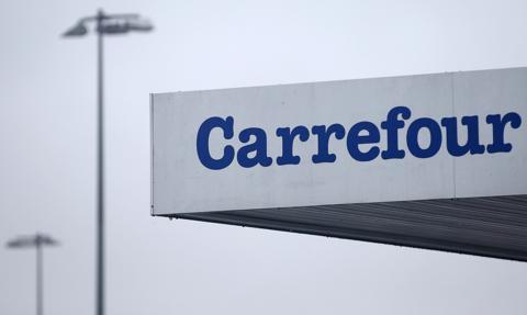 Carrefour nie zostanie przejęty przez kanadyjski koncern. Francja zablokowała negacjacje