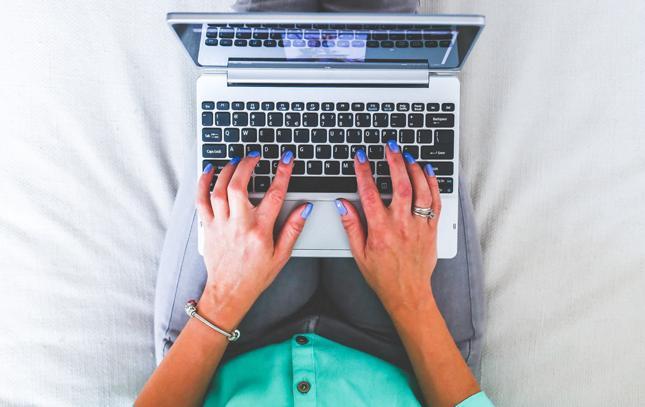 Pomysł na biznes bez wychodzenia z domu - copywriting