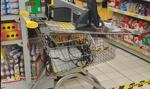 Biedronka ukarana za instalację mobilnej kasy na wózku sklepowym