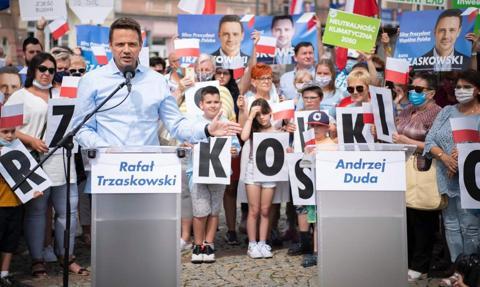 """""""Arena prezydencka"""". Trzaskowski zaprasza Dudę na debatę z udziałem mediów"""