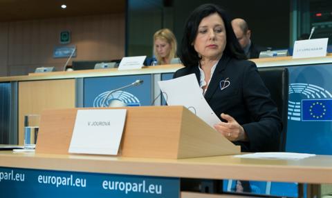Wiceprzewodnicząca KE poinformowała prezydent Słowacji o negocjacjach z Polską i Węgrami