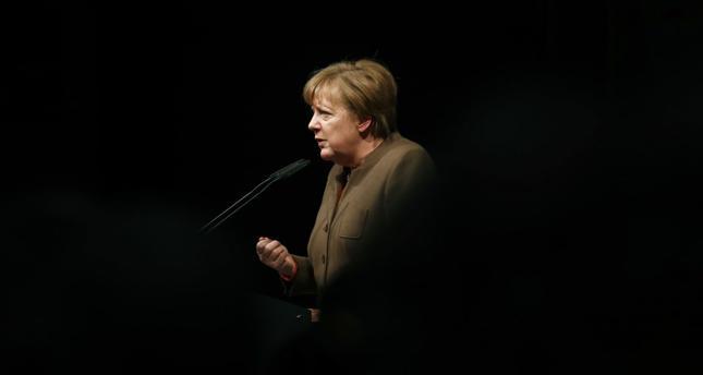 Niemcy: zjazd bawarskiej CSU bez Merkel