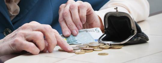 Opłata za zarządzanie OFE powinna być oparta tylko na ich wynikach