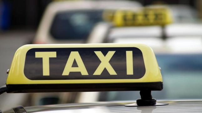 Singapur: na ulice wyjechały pierwsze na świecie autonomiczne taksówki