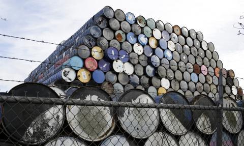 Ropa w USA zyskuje. Nie ma porozumienia nuklearnego z Iranem