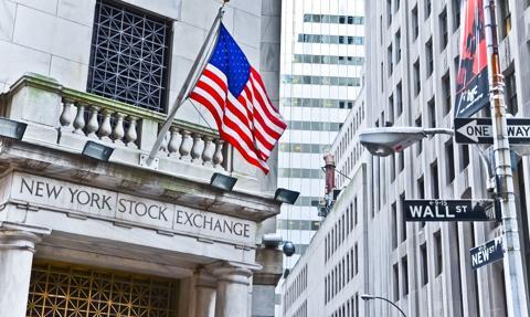 Raz w górę, raz w dół. Wall Street mocno niezdecydowana