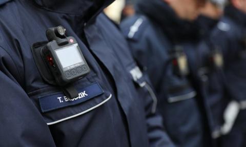Wszyscy policjanci będą wyposażeni w kamery