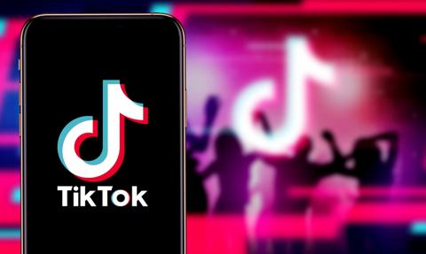 Właściciel TikToka zapowiada wycofanie się z Hongkongu