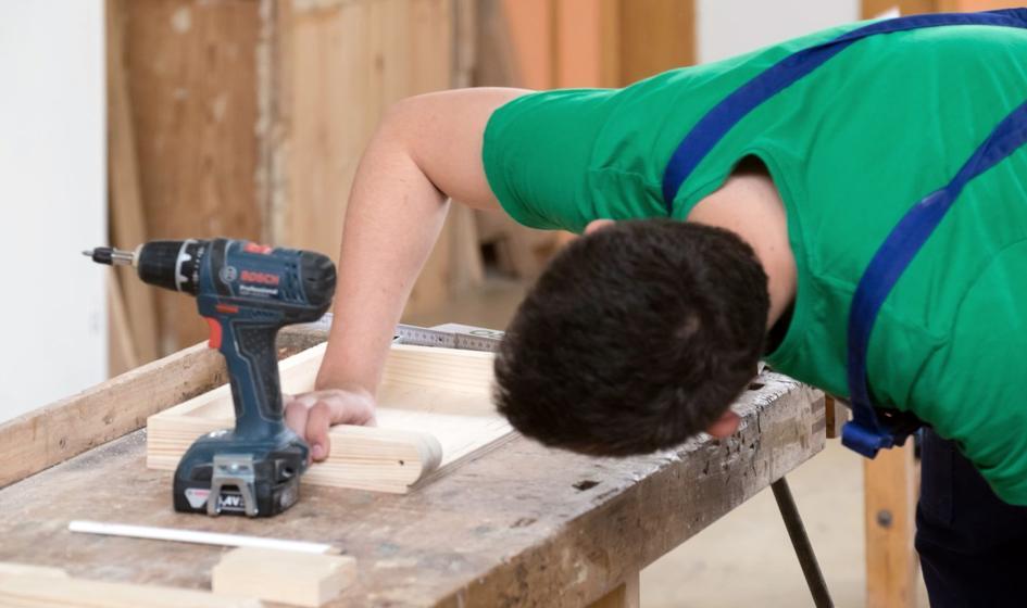 Badanie: większość pracowników ma ambiwalentny stosunek do BHP