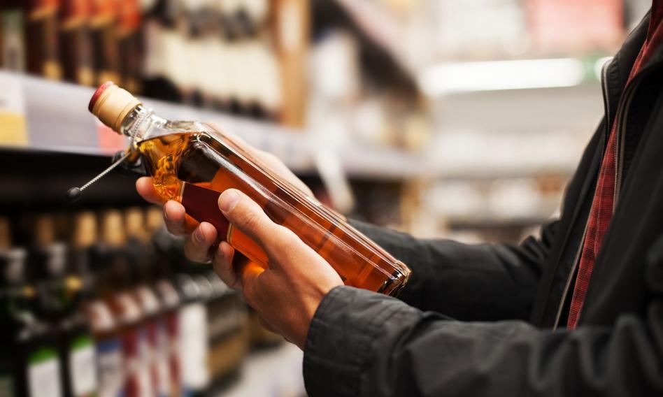 BIG InfoMonitor: o 10,5 mld zł spadły długi firm handlujących alkoholami