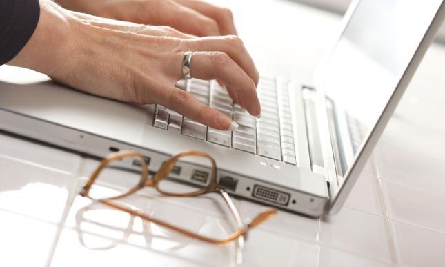 Pożyczki na dowód przez Internet - jakie są ich warunki?