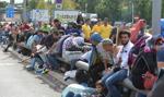 Komisja Europejska chwali decyzję o rozlokowaniu 120 tysięcy uchodźców