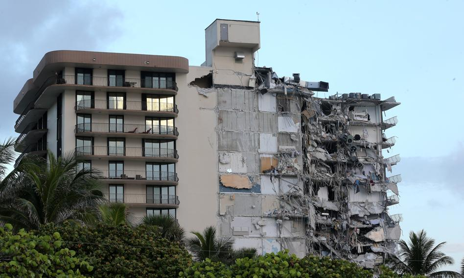 Prezydent Biden zatwierdził stan wyjątkowy na Florydzie po zawaleniu się budynku