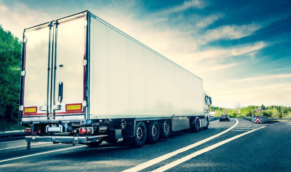 UE: firmy transportowe wykluczają Polaków