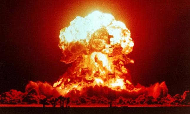 Symulacja III wojny światowej - nuklearny kryzys