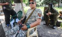 Rosjanie okopują się w Nowoazowsku