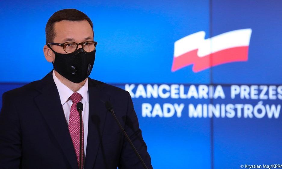 Morawiecki: Z podatków ratujemy gospodarkę
