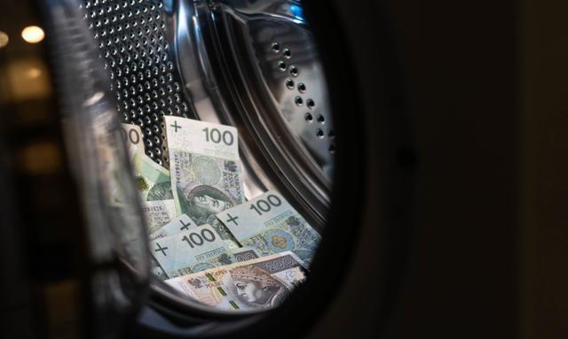 Eksperci oceniają wdrożony w Polsce system przeciwdziałania praniu pieniędzy
