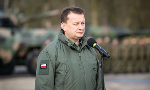 Błaszczak: Inspektorat Uzbrojenia podpisał umowę na dostawę 175 samochodów sanitarnych