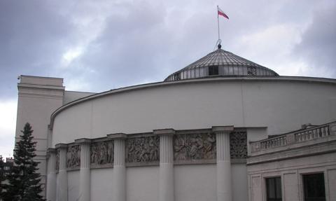 Sejm: komisja finansów za udzieleniem absolutorium rządowi