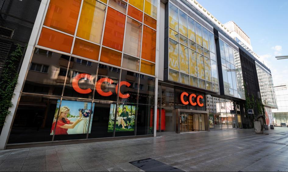 Grupa CCC szacuje, że miała w II kw. '21/'22 250 mln zł EBITDA i 2,036 mld zł przychodów
