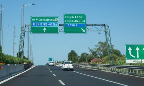 Włoski rząd wydał zakaz podróży w okresie świątecznym