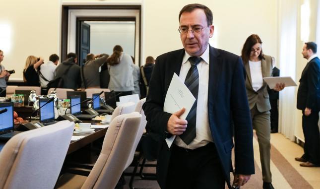 Minister koordynator służb specjalnych Mariusz Kamiński kontroluje spółki SP