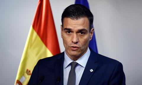 Premier Hiszpanii zapowiedział 11 mld euro wsparcia dla firm i więcej szczepionek