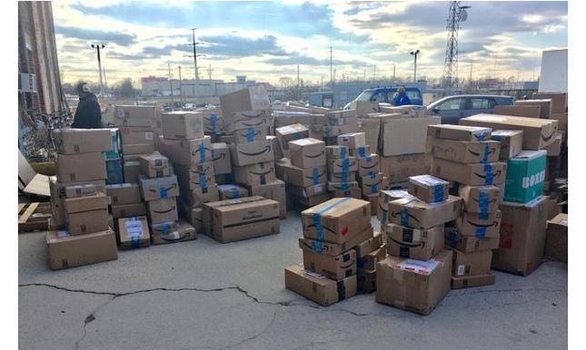 Do organizacji Goodwill masowo spływają dary od klientów Amazona