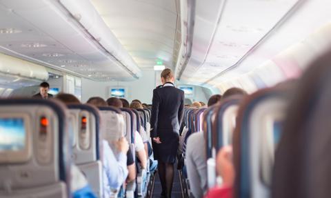 Hiszpańskie linie lotnicze chcą zniesienia testów PCR dla podróżnych z zagranicy