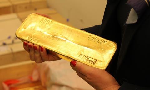 Złoto żywi się ujemnymi stopami [Wykres tygodnia]
