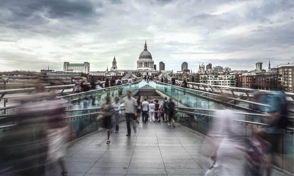 Paryż obraził się na Londyn. Przez porozumienie z USA i Australią