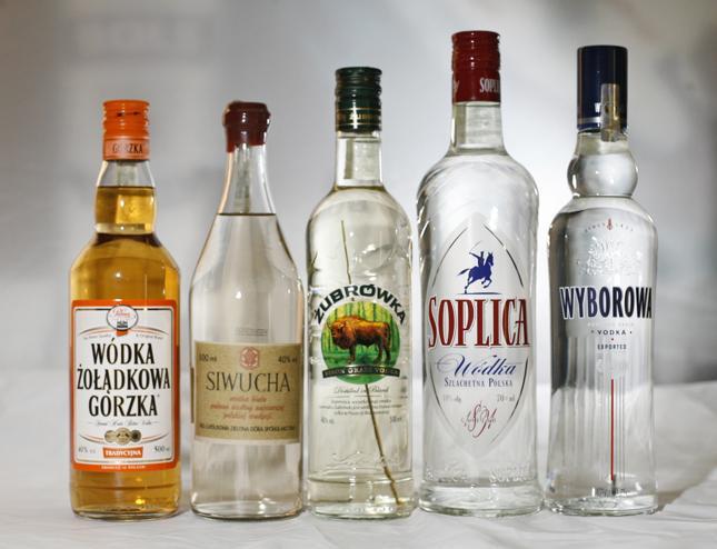 KE nie planuje nowej strategii alkoholowej