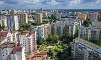 Inflacja w Polsce rośnie, mieszkania drożeją, a liczba ludności spada [Wykresy tygodnia]