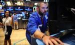 Inwestorzy coraz bardziej niezdecydowani