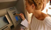 Tanieją przelewy i bankomaty - Unia wymusiła obniżki