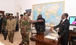 Zimbabwe: rządząca ZANU-PF grozi Mugabemu impeachmentem