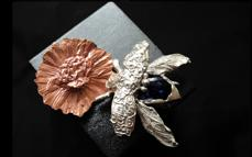 biżuteria z owadów