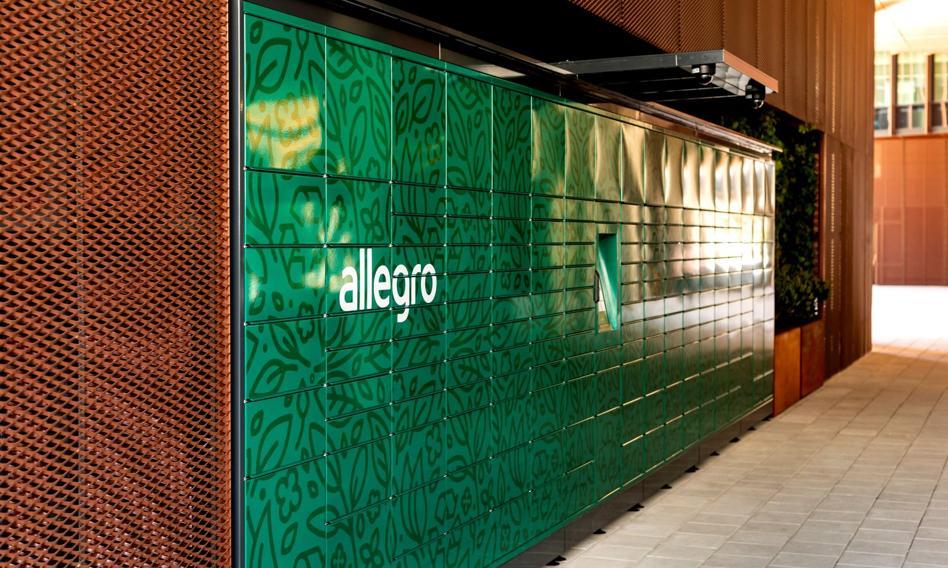 Allegro postawiło cztery własne automaty paczkowe zasilane zieloną energią
