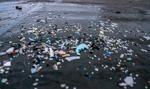 Naukowcy: W Atlantyku jest ponad 10 razy więcej plastiku niż sądzono