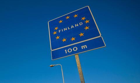 Finlandia zacieśni obostrzenia transgraniczne